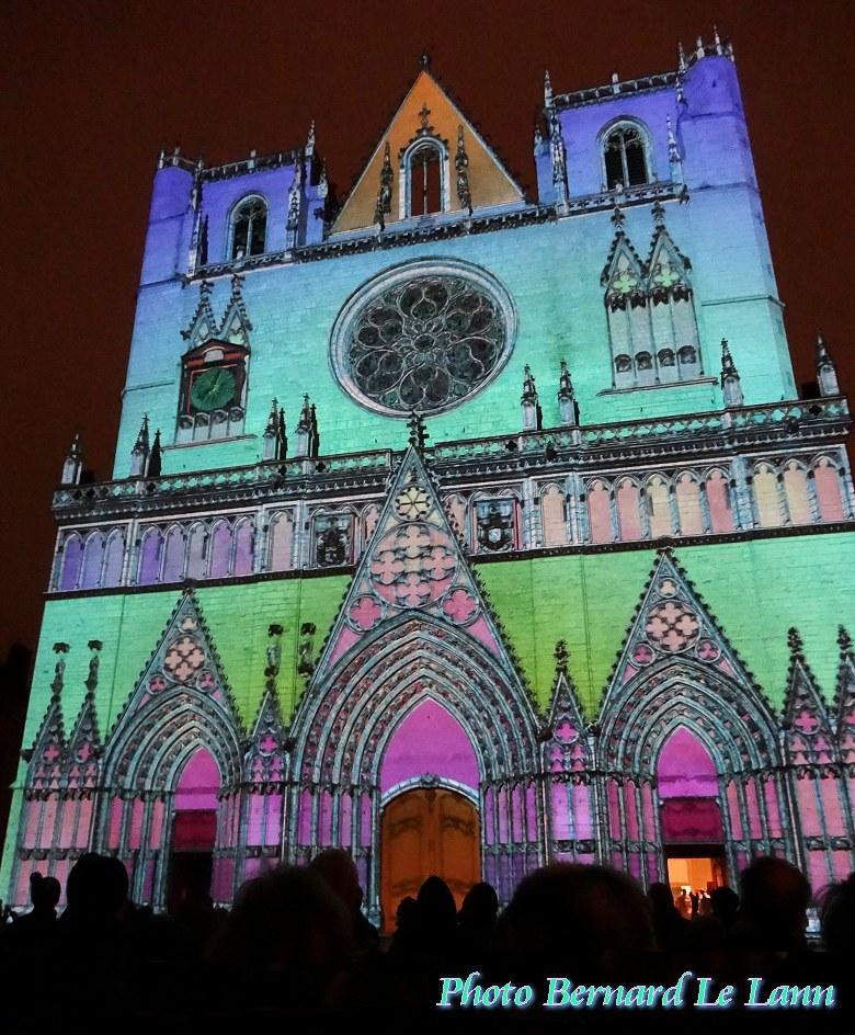 lumière cathédrale reims